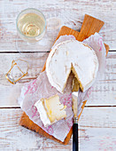 Camembert and sparkling wine