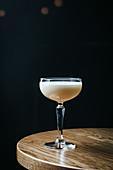 Cocktail mit Eiweiss