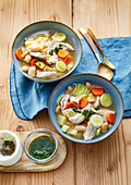 Bean pot au feu with chicken