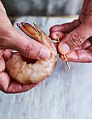 Deveining prawns