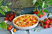 Vegetarisches Kartoffel-Tomaten-Gratin mit Gorgonzola