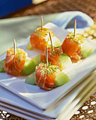 Smoked salmon and cucumber skewers with dill