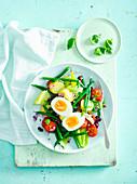 Vegterian salade Nicoise