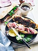 Victorian Diable Sandwich mit Roastbeef