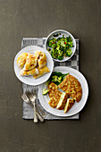 Blumenkohl-Salsiccia-Täschchen, Romanesco-Frittata & Broccoli mit Chili und Knoblauch