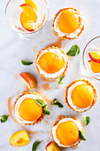 Bellini tartlets with prosecco and peach