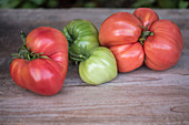 Heritage tomato varieties on a wooden board