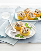Poached peaches with amarettini chocolate cream