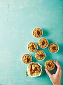Cannellini-Muffins mit Zimt und Pecannüssen