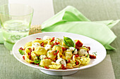 Pasta salad with dried tomatoes