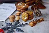 Oldbread Cookies (Altbrot-Kekse) mit Mandeln zu Weihnachten