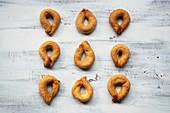 Torcetti di Saint Vincent (Italian sugar rings)