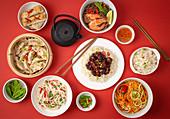 Verschiedene Gerichte aus Asien