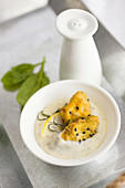Veal sweetbread nuggets in white wine and potato cream