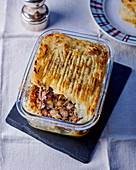 Hachis Parmentier (minced meat casserole with mashed potatoes, France)