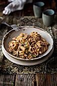 Vegetarian tagliatelle 'stronganoff' with mushrooms