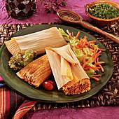 Tamales mit Schweinehackfleisch