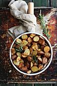 Überbackene Kartoffeln mit Rosmarin