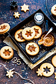 Linzer cookies with caramel