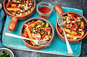 Nudelauflauf mit Bacon, Gemüse und Mozzarella