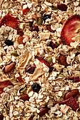 Granola with freeze-dried strawberries, almonds and currants