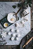 Lemon Crinkle Cookies (Zitronenmakronen) zubereiten
