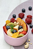 Fruit salad with cashew nuts