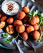 Falafel with yogurt dip