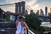Blick auf Brooklyn Bridge, New York City, USA