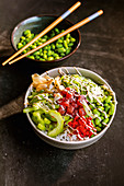 Poke bowl with spicy mayo and tuna