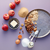 Ingredients for baked apples with vanilla sauce