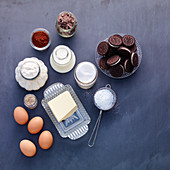 Ingredients for oreo cupcakes