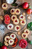 Marmeladenplätzchen mit Blutorangenkonfitüre