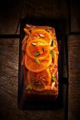 Orangenkuchen mit Pistazien