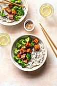 Vegan tofu and broccoli teriyaki bowl.