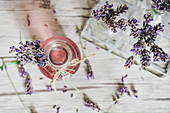 Selbstgemachter Lavendelsirup