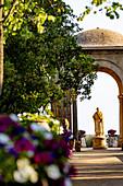 A statue of the Roman goddess Ceres in the Villa Cimbrone in Ravello, Amalfi Coast, Italy