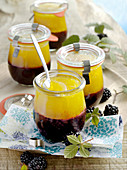 Breakfast preserve with blackberries and mango