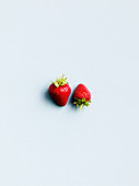 Zwei Erdbeeren