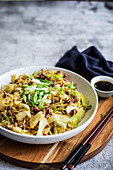 Salted noodles with minced pork