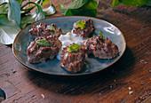 Rindfleischbällchen mit Tzatziki