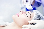 Facial microdermabrasion treatment