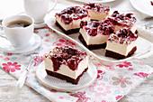 Cheesecake with chocolate and cherry glaze