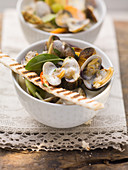Clams in a white wine sauce