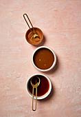 Cinnamon, nutmet and caramel sauce