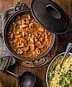 Lamm-Kichererbsen-Tajine mit Couscous