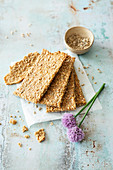 Vegan crispbread with spelt, buckwheat seeds, sunflower seeds and sesame seeds