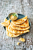 Indian naan bread with lentil cream (vegan)