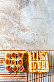 Barbecued fig sandwich with honey