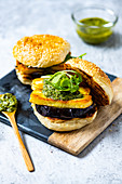Barbecued aubergine burger with halloumi